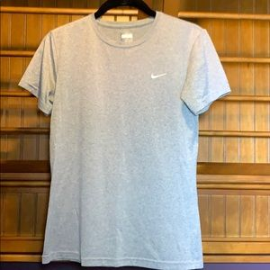 Nike gray short sleeve top, dry fit, Size S.